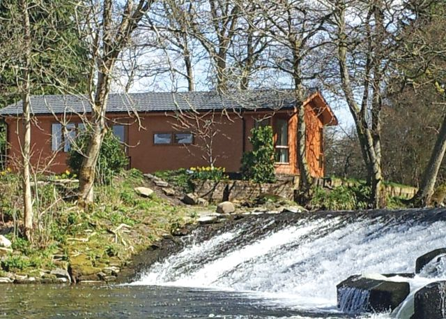 Dollar Riverside Lodges