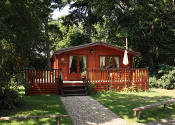 Fritton Lake Woodland Lodges