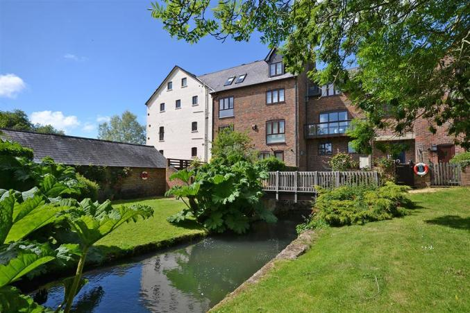 4 Bickton Mill a british holiday cottage for 7 in ,